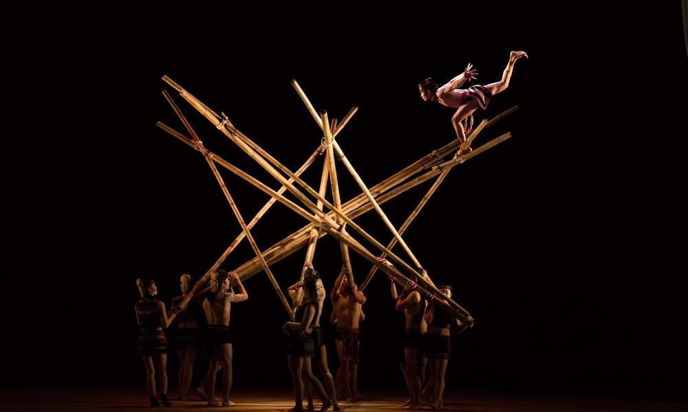 Quartz «Teh Dar cirque du Vietnam»